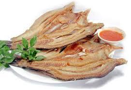 Mẹo thái cá khô dễ dàng